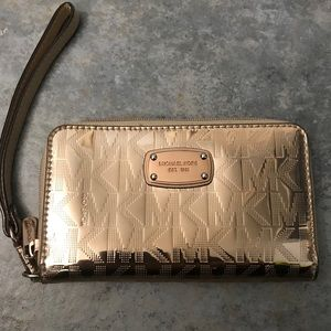 Michael Kors ROSE GOLD Metallic Wristlet